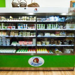 Hladnjak s Mini mljekara Veronika proizvodima